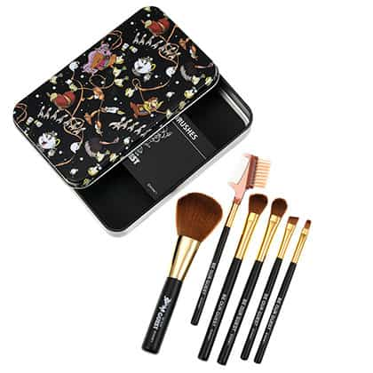 Trousse à maquillage 1760 円 (16 $ US)